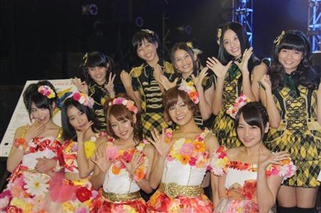 AKB48 เกี่ยวก้อย JKT48 ใน Japan Pop Culture Festival'
