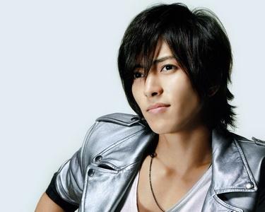 """ยามาชิตะ โทโมฮิสะ ส่ง """"LOVE CHASE"""" เพลงธีมประกอบการ์ตูนเรื่อง """"Toriko"""""""