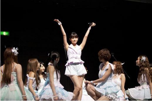 มาเอดะ อัตสึโกะ ร่วมงานจับมือครั้งสุดท้ายในฐานะสมาชิกของ AKB48!