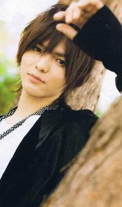 ยาบุ โคตะ พี่ใหญ่แห่ง Hey!Say!JUMP กลายเป็นหนุ่มเต็มตัววัย 23 ปีแล้ว!